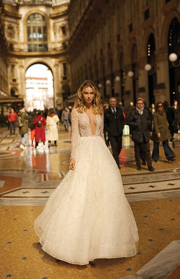 Berta 20-07 wedding dress Milano Collection Primalicia