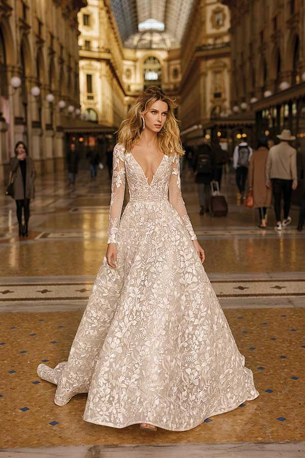 Berta 20-14 wedding dress Milano Collection Primalicia